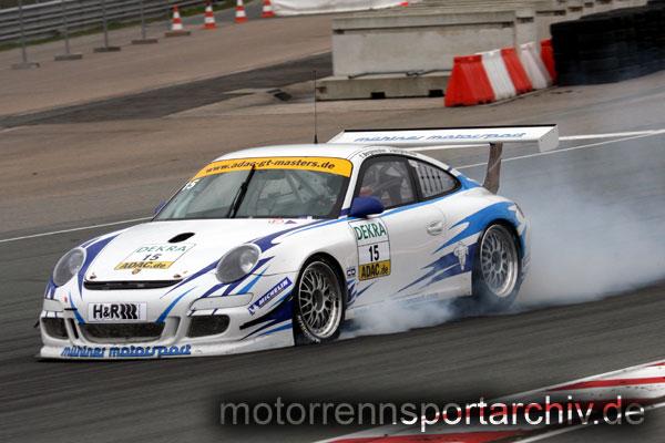 Wenig aerodynamische Hilfsmittel an der Front, schmale Radhäuser - modifizierter Cup-Porsche anno 2008