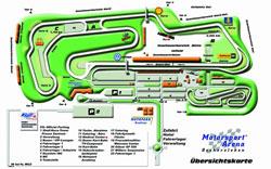 1997-heute  Länge: 3,667 km  bis 2005 als Motopark Oschersleben verschiedene Startlinien ab 2000 veränderte Boxeneinfahrt ab 2007 veränderte Streckenführung der ersten Kurve für Automobile und veränderte Boxenausfahrt