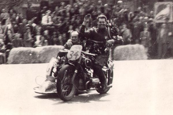 Leipziger Stadtparkrennen, Jahr unbekannt, Sieger Seitenwagenrennen, Baginski Schindler 1951 (?)