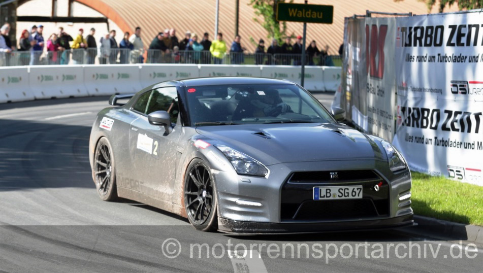 Gesamtsieger Sascha Gallert im Nissan GT-R