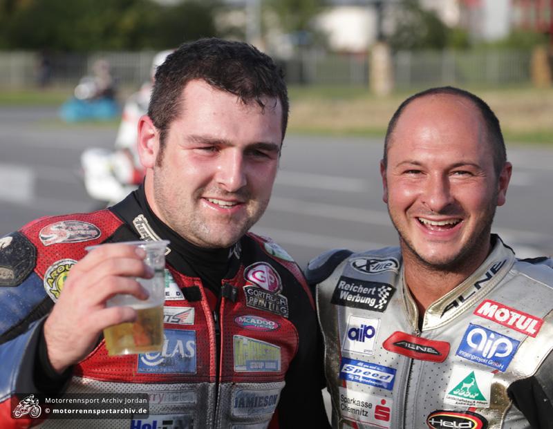 [Road Racing] 2014 - Page 13 Dunlop_grams